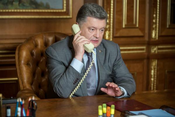 Порошенко отказался от прямых переговоров с руководством ДНР и ЛНР