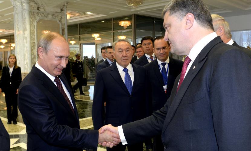 На Украине объяснили, почему Порошенко не внес в «черный список» Путина и Януковича