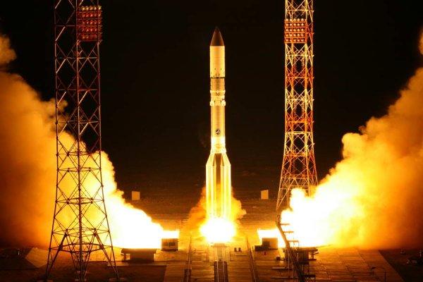 С Байконура успешно стартовал Протон-М со спутником связи