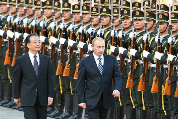 Путин стал главным гостем на параде, посвященном Победе во II Мировой войне, в Пекине