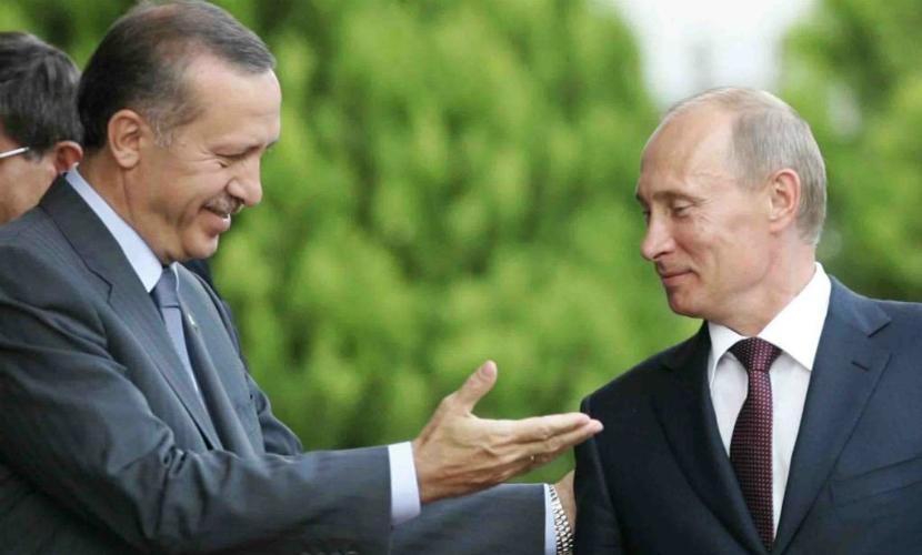 Путин выразил удовлетворение отношениями с Турцией
