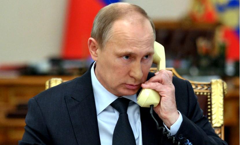 Владимир Путин долго пытался дозвониться Элтону Джону в Бразилию
