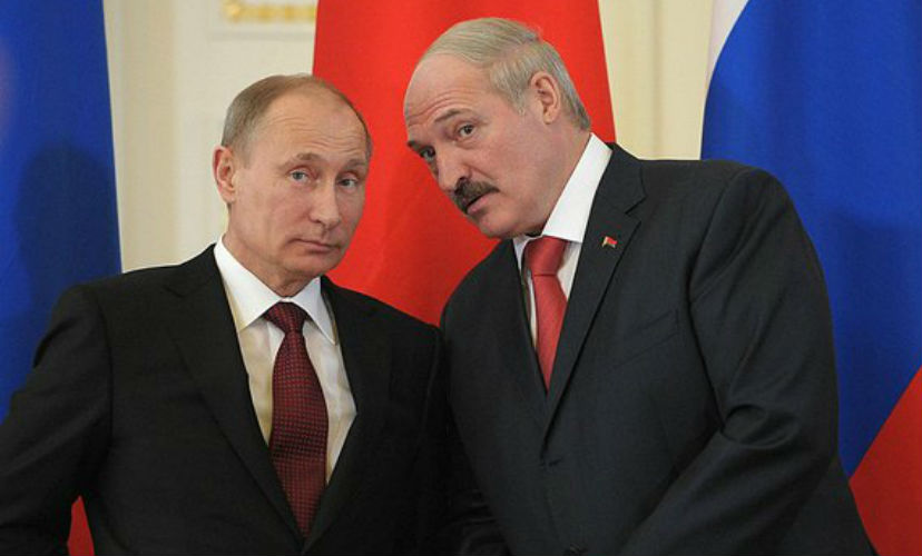 Лукашенко рассказал Путину о плюсах искусственного молока