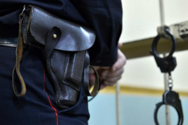 Продлен срок ареста охранника «Пятерочки», пробившего череп покупателю