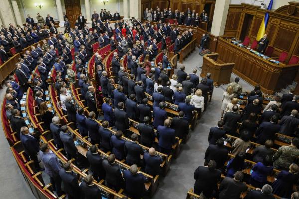 Рада угрожает Крыму дополнить продовольственную блокаду энергетической