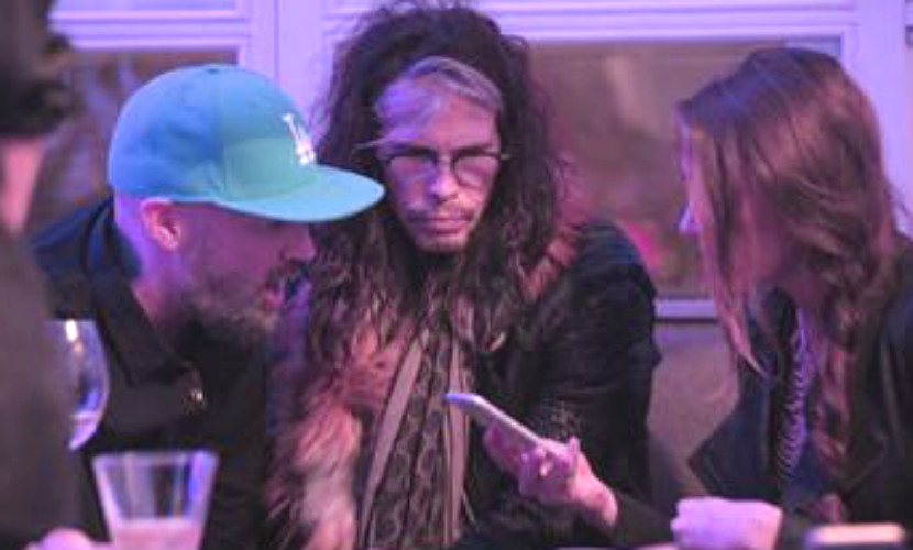 Лидеры легендарных групп - Limp Bizkit и Aerosmith - повеселились на вечеринке в Москве