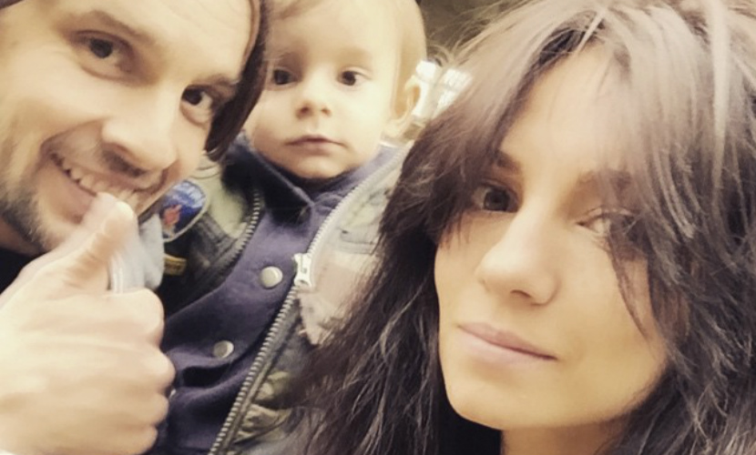 Супруг Светланы Светиковой поставил акробатический номер для сына