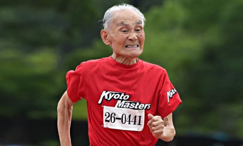 105-летний японец пробежал 100-метровку и попал в Книгу рекордов Гиннесса