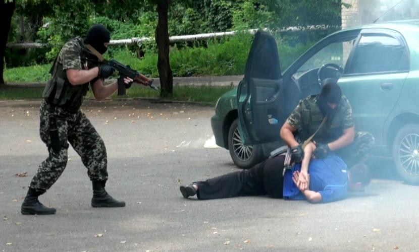 Пятерых криминальных авторитетов задержали на сходке в Подмосковье