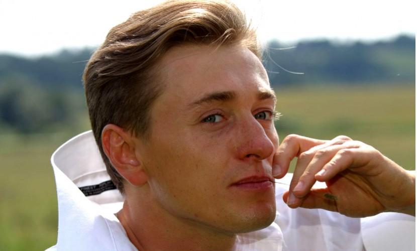 Календарь: 18 октября - Любвеобильный Сергей Безруков отмечает личный праздник