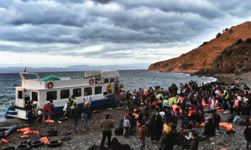 Более 20 беженцев утонули в Эгейском море