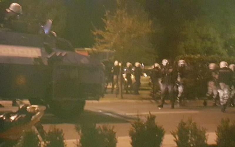 Слезоточивый газ стал последним аргументом полиции против митинга в Черногории