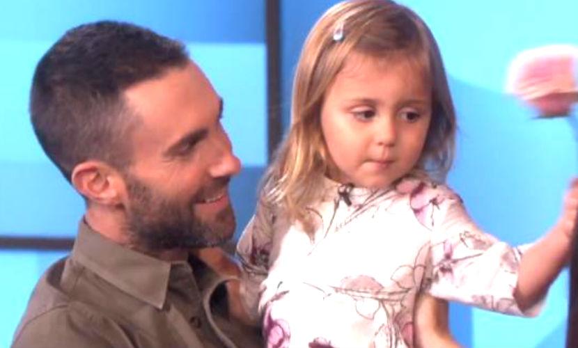 Солист Maroon 5 встретился c 3-летней фанаткой, разрыдавшейся из-за его свадьбы