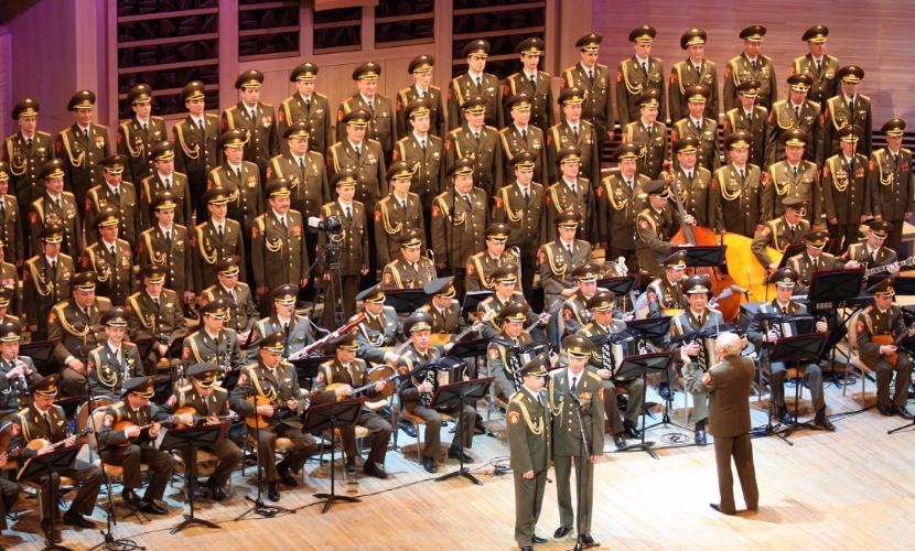 Поляки начали акцию протеста против гастролей ансамбля песни и пляски им. Александрова