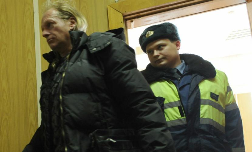 Рокер Крис Кельми задержан полицией за пьяный наезд на человека