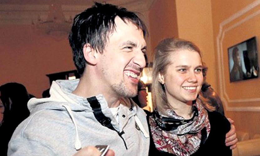 Дарья Мельникова подарила сына супругу на день рождения