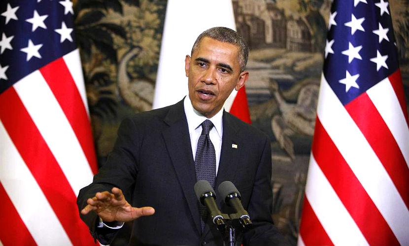 Обама запретил поставлять вооружение на Украину из-за денег