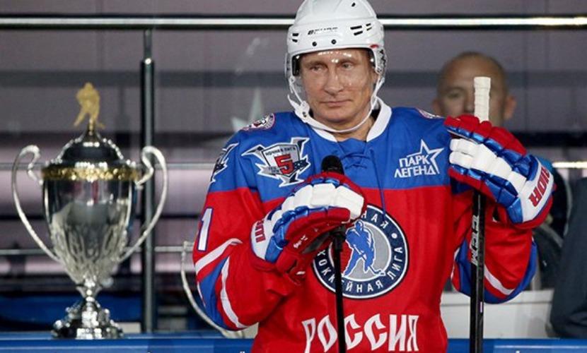 Владимир Путин открыл новый сезон НХЛ и забросил в юбилейном матче 7 шайб