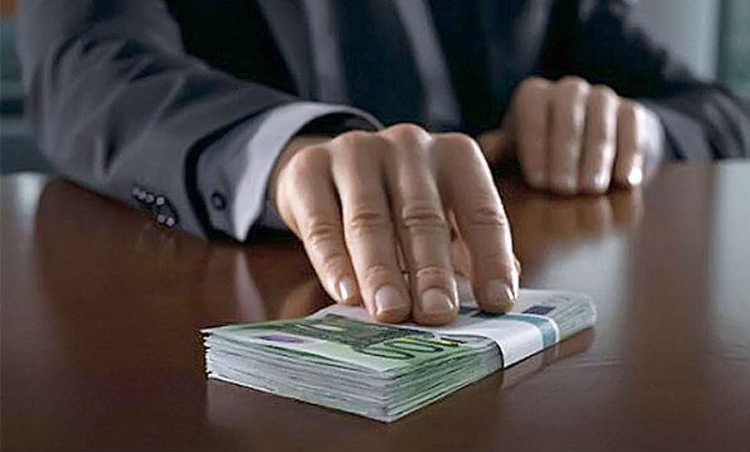 Максимальная коррупция: прокуратура назвала регионы РФ, где больше всех дают взятки