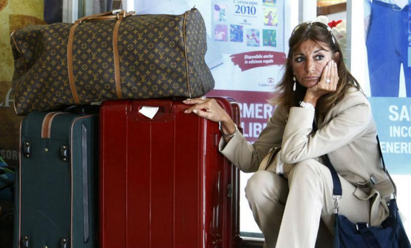 Россиянам начали доставлять багаж из Египта по