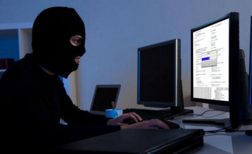 Хакеры ИГИЛ взломали более 50 тысяч аккаунтов в Twitter