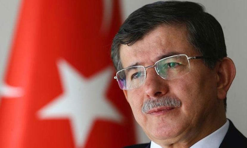 Премьер Турции Давутоглу стоит за организаторами блокады Крыма