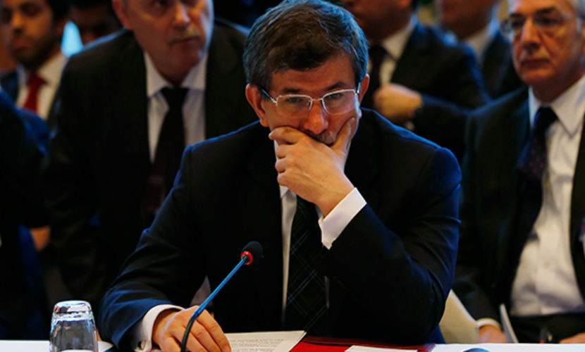 Премьер-министра Турции Давутоглу вызвали на ковер на экстренный саммит ЕС