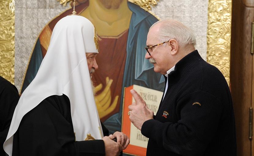 Патриарх Кирилл возмутился популярными фильмами