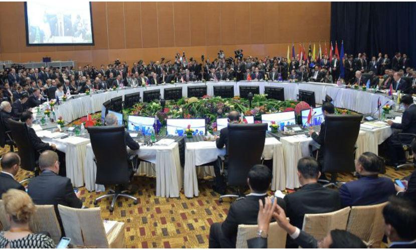 Лидеры стран АСЕАН согласились бороться с экстремизмом сообща