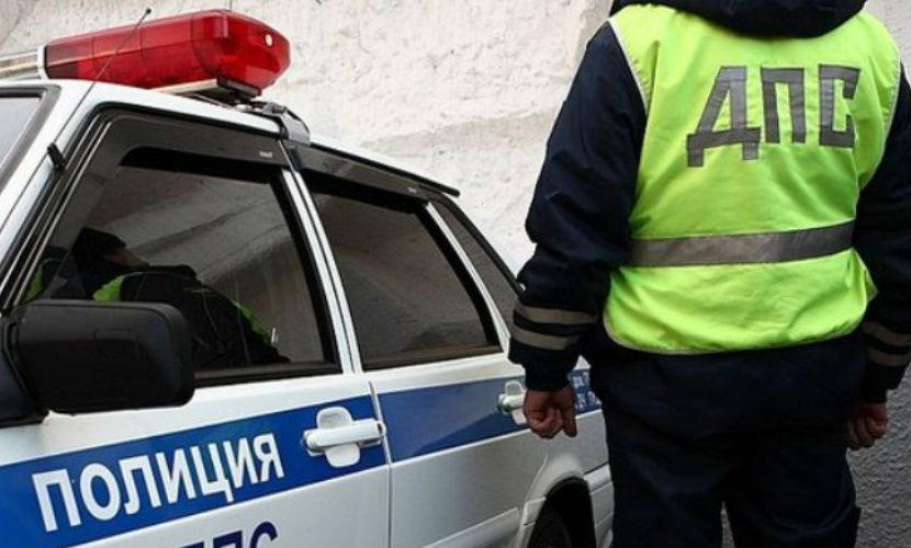 Рейсовый автобус и легковушка столкнулись в Москве