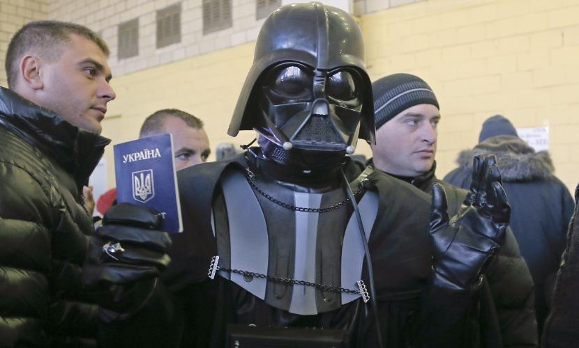 Россияне активно голосовали за то, чтобы премьер-министром Украины стал Дарт Вейдер