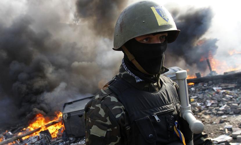 Безоружные и голодные украинские солдаты в Донбассе увидели под обстрелами, как «враг стягивает танки»