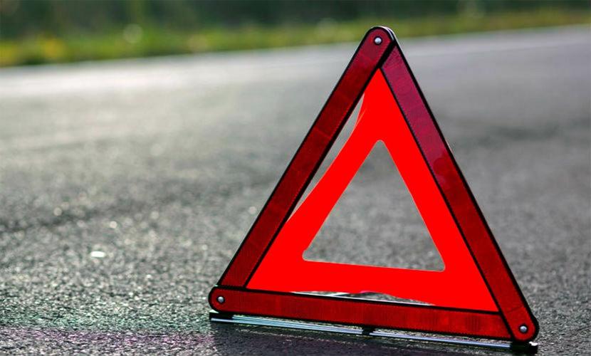 Внедорожник протаранил пассажирский автобус под Вологдой, 9 человек пострадали