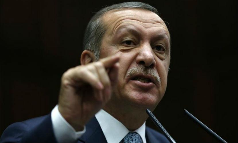 Эрдоган обвинил Россию в нефтяных сделках с