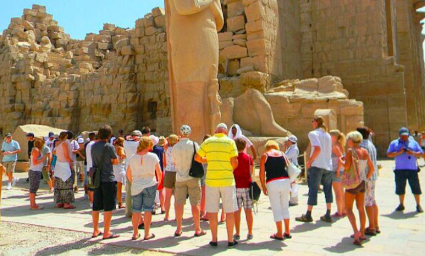 Ростуризм создает спецштаб для вывоза 45 тысяч туристов из Египта