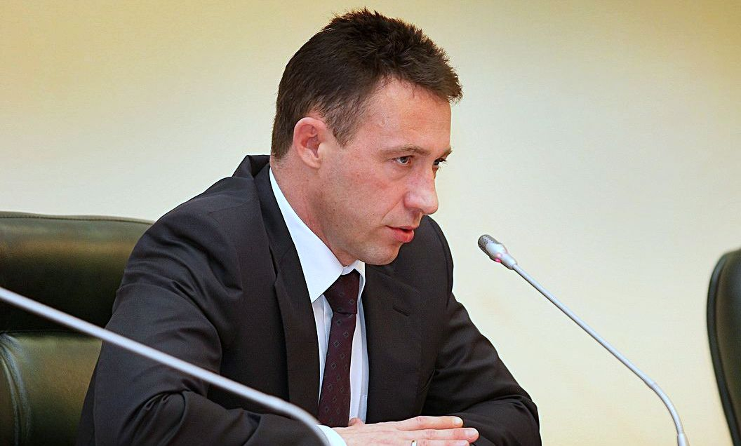 Полпреда Игоря Холманских сравнили с цепным псом, неспособным на переговоры с людьми