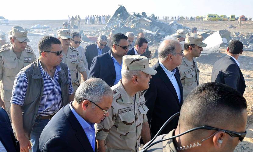 Признаков взрыва на борту А321 следователями не обнаружено, - министр авиации Египта