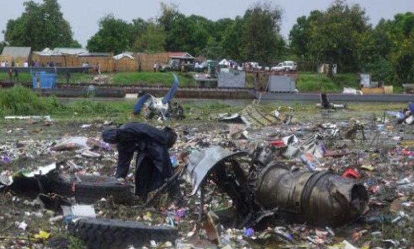 Самолет Ан-12, разбившийся с россиянами на борту, летал 44 года