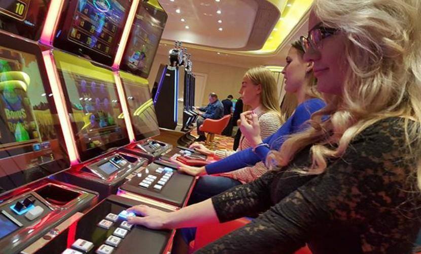 Самое казино москвы эксклюзивные игровые автоматы бесплатно