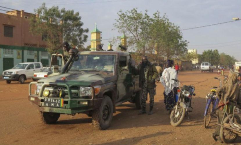 Родственники опознали тела шести расстрелянных в Мали российских летчиков