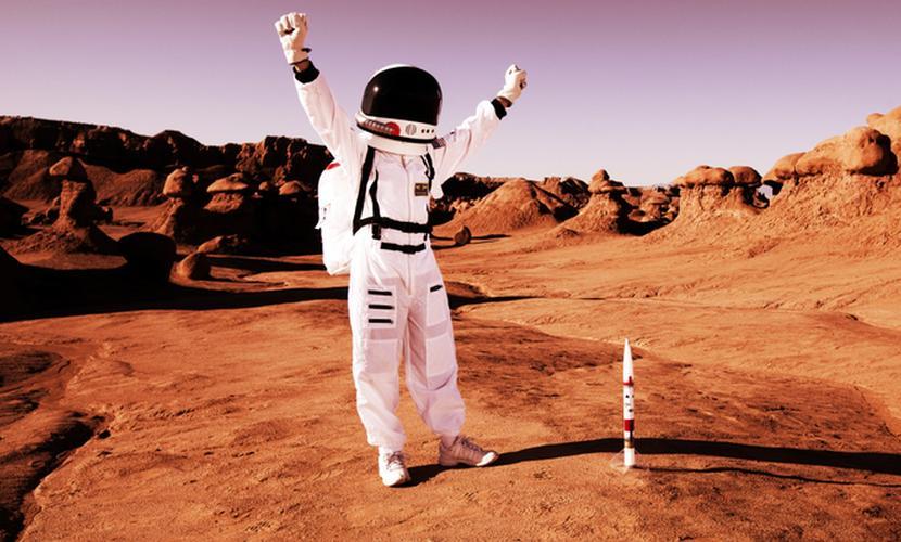 Космические такси начинают переселение людей на Марс, - NASA