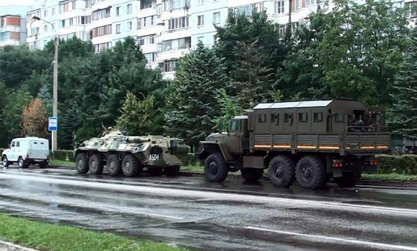 В Нальчике блокированные в жилом доме боевики открыли огонь по силовикам