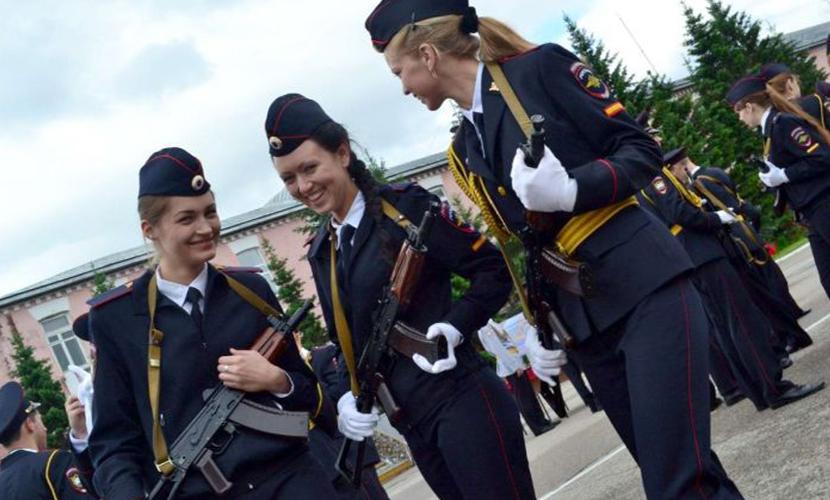 Большинство россиян не желают своим детям карьеры полицейского