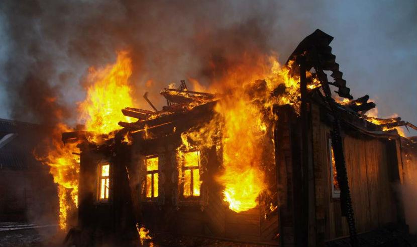 Трое детей, оставленные без присмотра, сгорели заживо в Туве