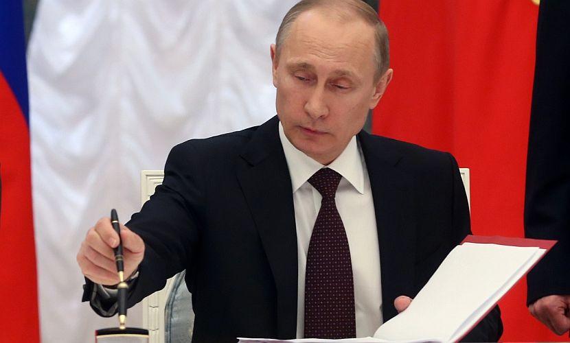 Путин временно запретил авиаперевозки россиян в Египет