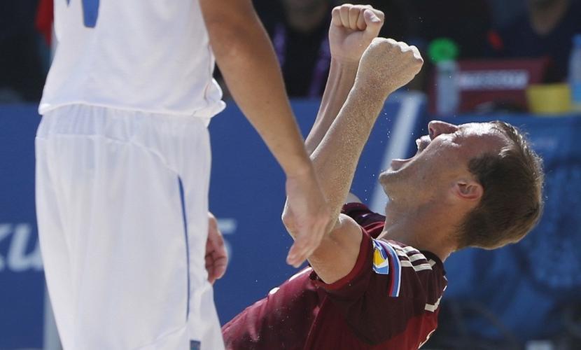 Россия разгромным финалом выиграла Межконтинентальный кубок по пляжному футболу