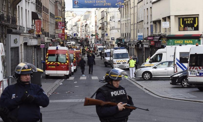 Во время операции в Сен-Дени полицейские убили трех террористов, - прокуратура