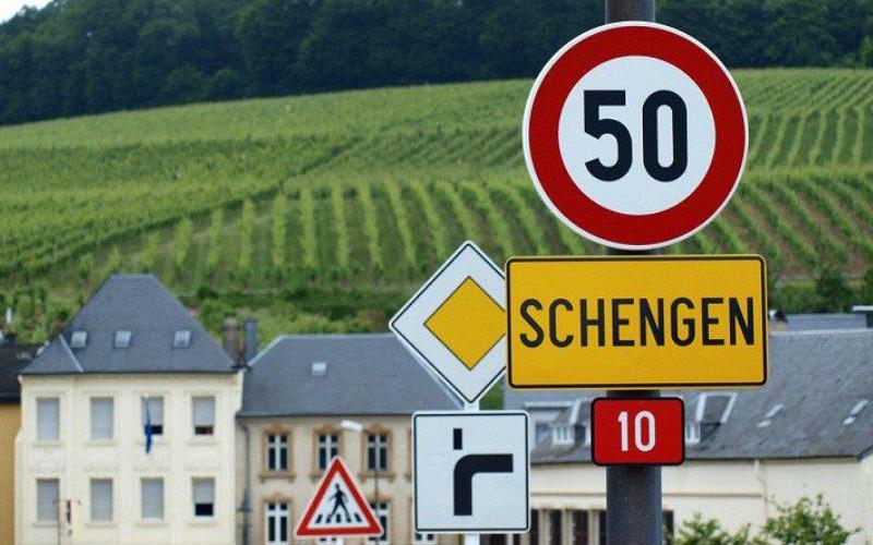 ЕС изменит основные правила Шенгена из-за терактов в Париже