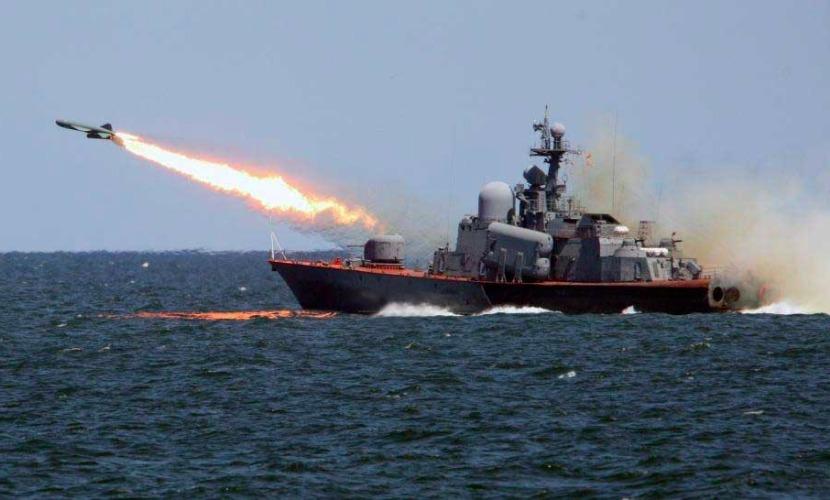 ВС России выпустили с Каспийского моря 18 крылатых ракет по террористам в Сирии