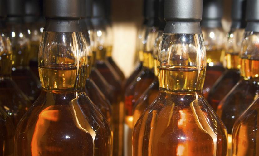 Среди отравившихся виски из метилового спирта в Красноярске были дети
